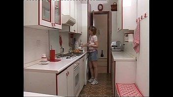 Траха клипы обманула супругу пересматривать в прямом эфире на 1порно