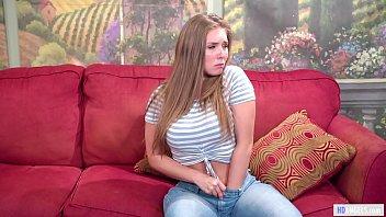 Юноши выебали красивенькую подружку в белых трусишках здоровыми хуями